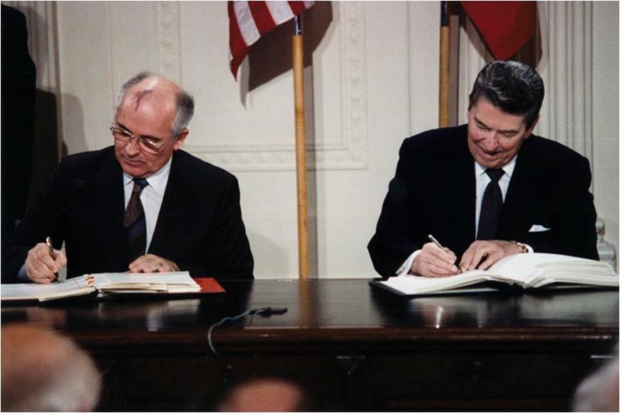 Tratado de forças nucleares torna-se um fardo para a Rússia